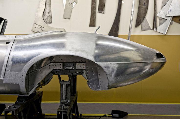 ジャガーが幻のEタイプを復刻販売|自動車ニュース(高級車・スポーツカー)|GQ JAPAN