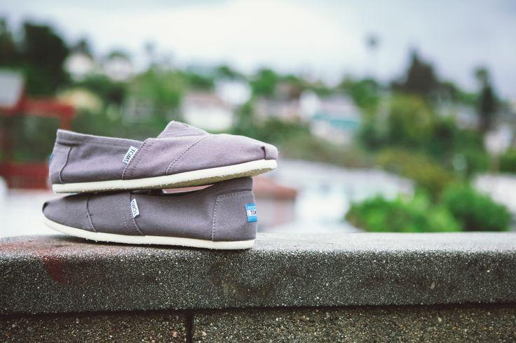 #TOMS shoes best for travel. #Tomsshoes #TomsxOpen24lt #Open24lt