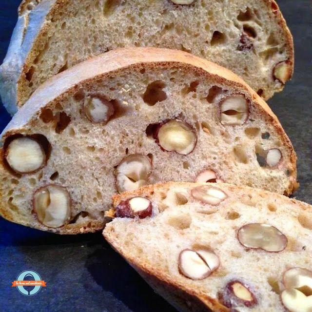 La luna sul cucchiaio: Pane al vino con le nocciole