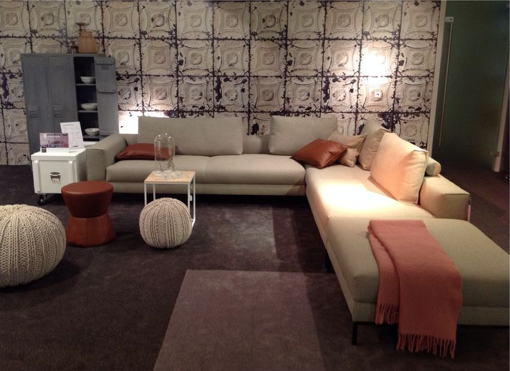 Aikon Lounge by design on stock