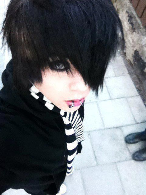 male emo haircuts top 25 best boy hair ideas on 5082 | 60005682a4794e116de20bccd1bede7f emo scene hair emo hair