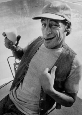 Jim Varney (best known as Ernest:)  June 15, 1949 - February 10, 2000  I loved him so much when i was younger, still do! Loved his movies, loved him as Ernest, and he was so funny. :)