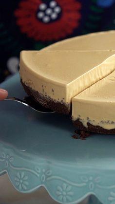 Impossível comer um pedaço só desse maravilhoso cheesecake de doce de leite!