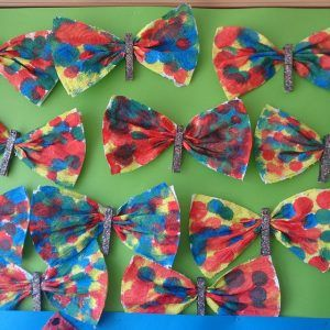 napkin-butterfly-craft-idea-for-kids