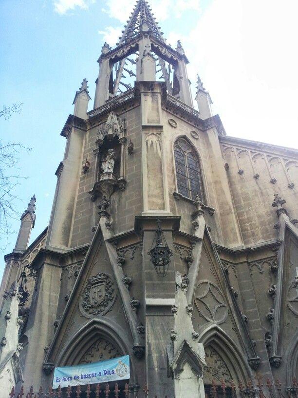 Iglesia de arquitectura neogótica. Segunda mitad del siglo XIX.
