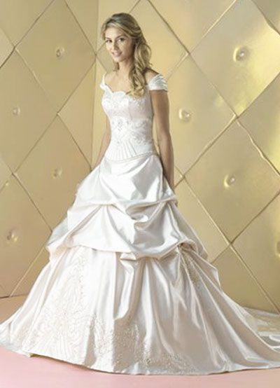Beauty and the beast wedding dress idk if i 39 d ever do it for Beauty and the beast style wedding dress