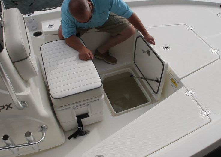 Mako 19 Cpx We Like This In Deck Stowage Compartment