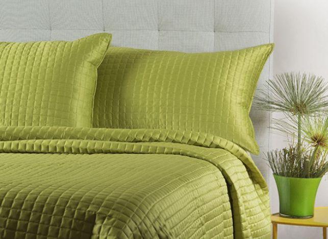 Cuando pensamos en comodidad, suavidad, durabilidad y belleza, ¡pensamos Quilt Coverlet!