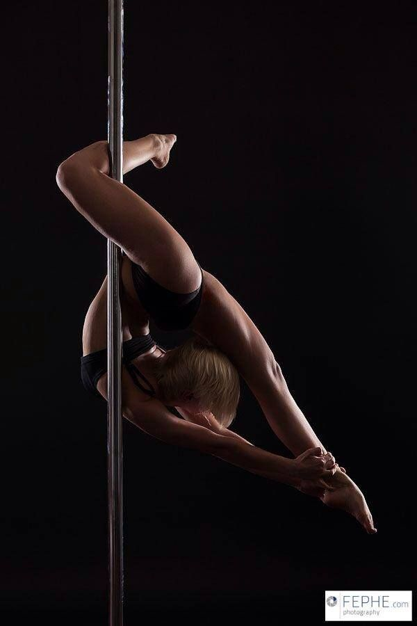 Pole Picture of the Day: Roxi Ziemann photography by https://www.facebook.com/fephe.photography