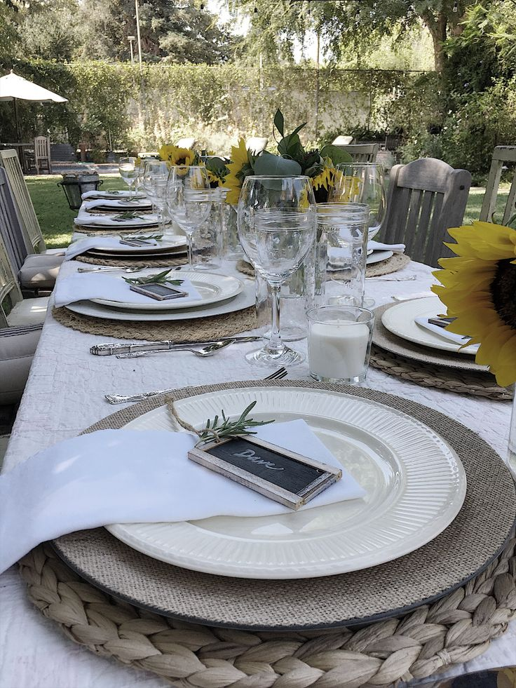 Hosting a Summer Garden Dinner Party MY 100 YEAR OLD