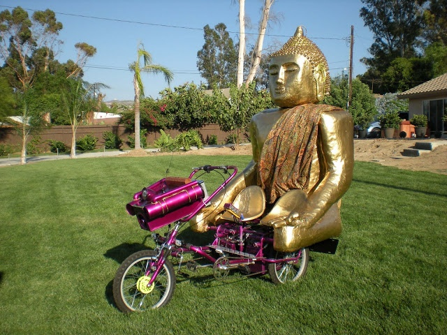 AtomicZombie Bikes, Recumbents, Trikes, Choppers, Ebikes, Velomobiles, and the Great Outdoors: Buddha Trike for Burning Man