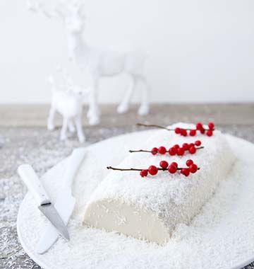 Bûche enneigée vegan de Marie Laforêt, la recette d'Ôdélices : retrouvez les ingrédients, la préparation, des recettes similaires et des photos qui donnent envie !