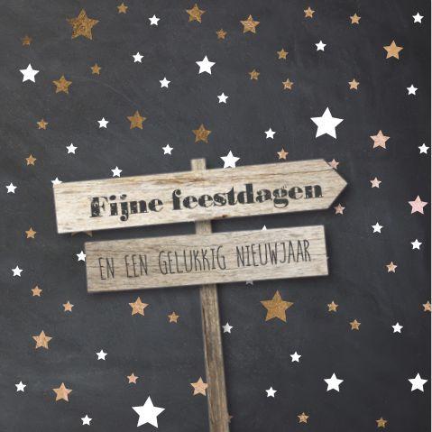Unieke enkele combi kerst- verhuiskaart sturen? Hip sterren patroon met wit en koper look, krijtbordprint en houten wegwijs borden.