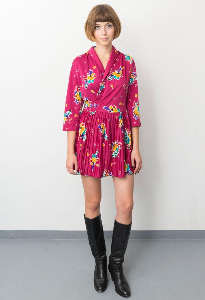 vintage/70's dress/70's ankle boots/aevintagestore http://www.aevintagestore.com