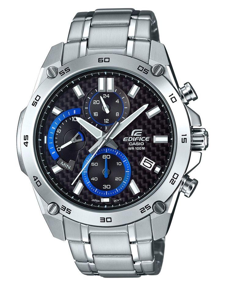 Casio Edifice chronograaf Herenhorloge EFR-557CD-1AVUEF. Dit prachtige, opvallende, horloge met blauwe accenten is voorzien van een zwarte wijzerplaat. De wijzers en index zijn voorzien van een fluorescerende laag waardoor je ook in het donker kan zien hoe laat het is als het horloge kort daarvoor aan het licht is blootgesteld. De kroon wordt door de speciale vormgeving van de kast tegen stoten beschermd. Naast de chronograaf die kan meten tot maximaal 10 minuten in stappen van 1/1 seconden…