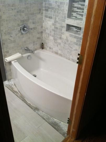Front Of Bathtub Ideas