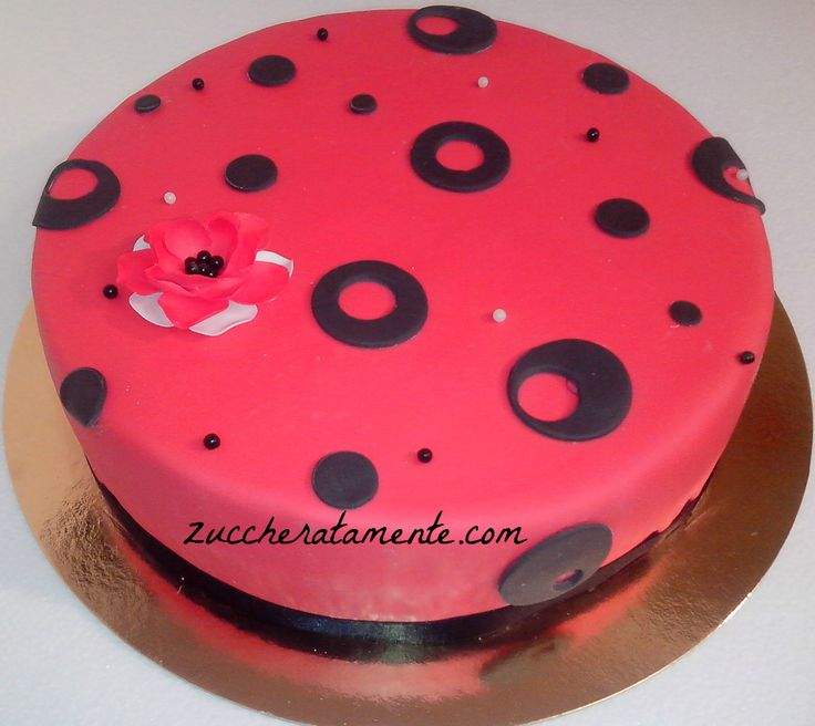 http://zuccheratamente.com/torta-rossonera