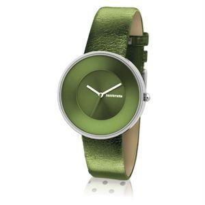 Un toque de distinción es lo que se ha querido plasmar en este Reloj Lambretta Cielo Metallic Olive, su color y textura en verde oliva hacen diferenciarse del resto, sin perder su identidad. #lambretta #watches #italianos