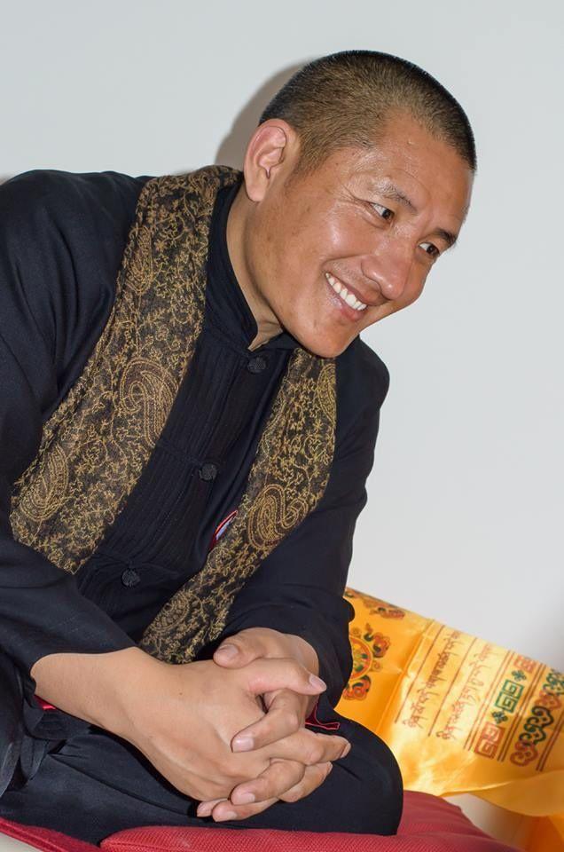 Šťastie a naplnený život si môžeme dať iba my sami. Nedokážu to zabezpečiť peniaze, postavenie, vzťah s iným človekom, ani nič iné. Nájsť vnútornú rovnováhu, spokojnosť a radosť zo života je najprirodzenejšia vec na svete, ale cesta k nej je pomerne náročná. Ako ju pocítiť, hovoril tibetský láma vBratislave.
