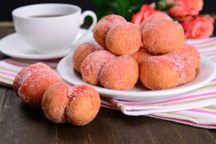 Mit dem Rezept für Pfirsich-Cookies lassen sich Plätzchen zaubern, die nicht nur wunderschön aussehen, sondern auch sehr gut schmecken. Einfach ausprobieren.