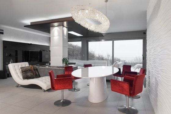 Atoll by Manooi #crystalchandelier #lightingdesign #interior #chandelier #coollamps #luxury #Manooi