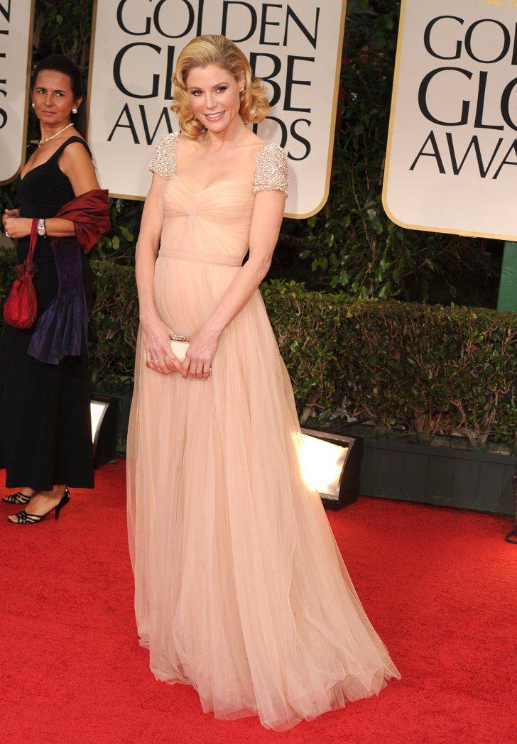 Pin for Later: Les 65 Tenues les Plus Glamour Jamais Vues aux Golden Globes Julie Bowen, 2012 Portant une robe signée Reem Acra.