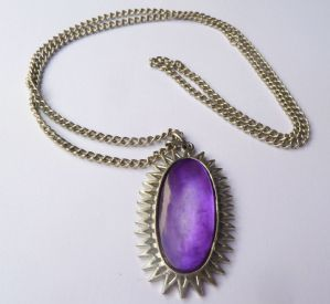 Vintage spiky oval shaped, purple dyed, mother of pearl inlay pendant and necklace by vintage designer Exquisite.