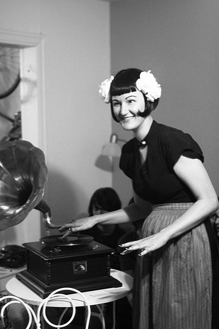 DJ Phonograph...