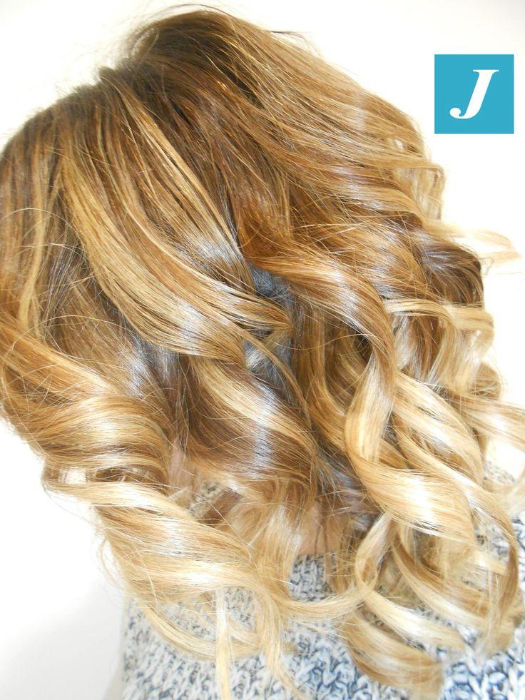 Capelli biondi firmati Degradé Joelle! #cdj #degradejoelle #tagliopuntearia #degradé #igers #musthave #hair #hairstyle #haircolour #longhair #oodt #hairfashion #madeinitaly