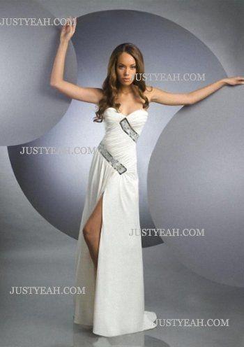 Sleeveless Floor Length Chiffon Ivory Evening Dresses