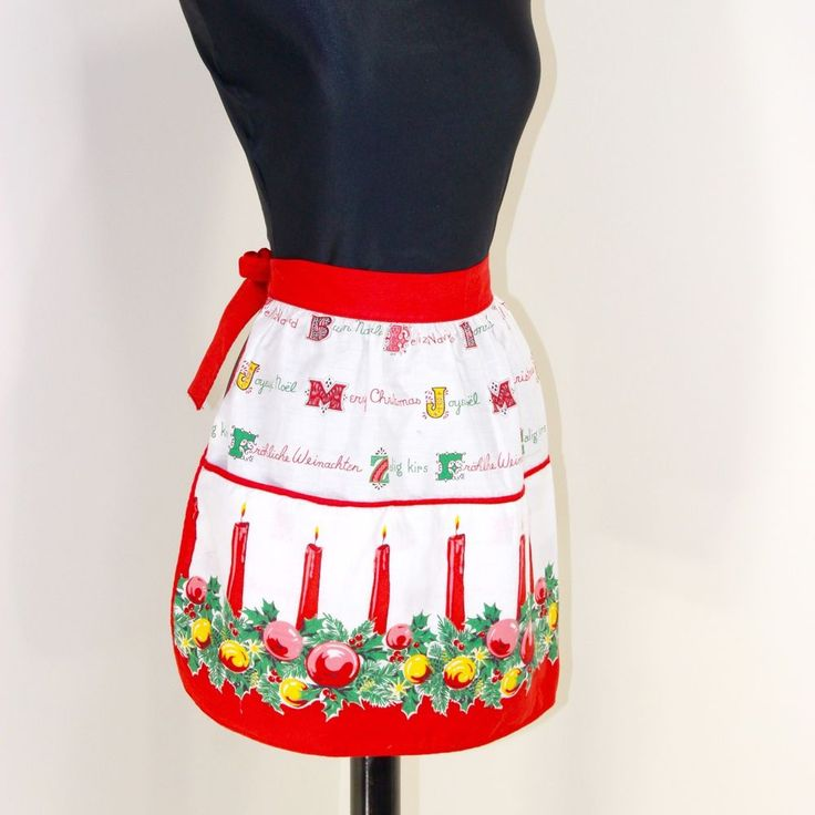 Vintage 1960s Half Apron Merry Christmas in Spanish German Dutch French Italian
