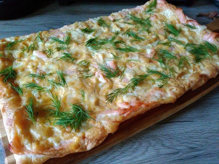 Schwedischer Lachskuchen 'Schwedenpizza', ein tolles Rezept aus der Kategorie Tarte/Quiche. Bewertungen: 334. Durchschnitt: Ø 4,5.