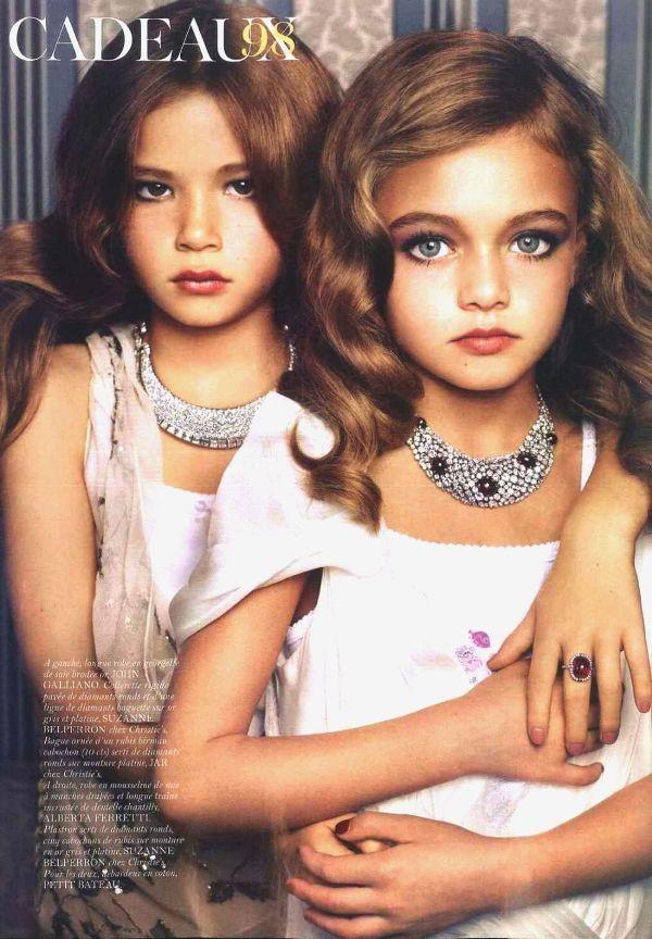 VOGUE PARIS – DECEMBER 2010. #vogue #fashion #magazine #editorial #albertaferretti #look #dress #lace