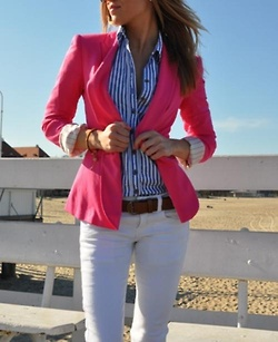 Never thought I would like a pink blazer, but this would be really fun for Summer!