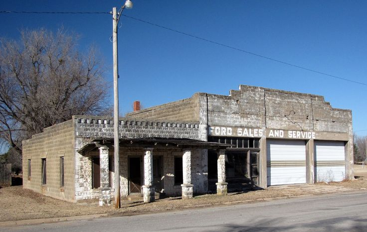 Fords For Sale An old Ford dealership located in Zenda, Kansas.