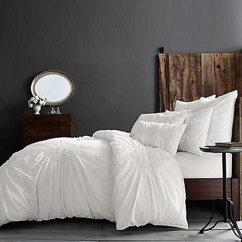 Create A Sense Of Home In Your Bedroom With The Simple Pure And Elegant Wamsutta Vintage Ruched Duvet Cover Adorned Delicate Texture