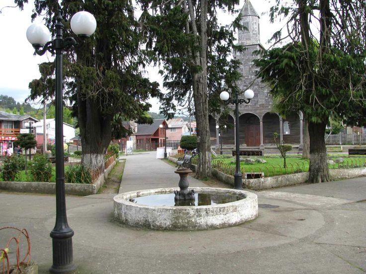 Plaza de Armas, Achao