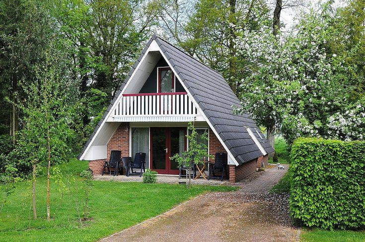 In de Achterhoek ligt op een kleinschalig park In den Olden Bongerd deze goed betaalbare vrijstaande vakantiewoning voor grote gezinnen met 6 personen.