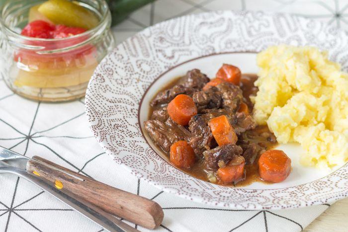 Beef stew baked in dark beer