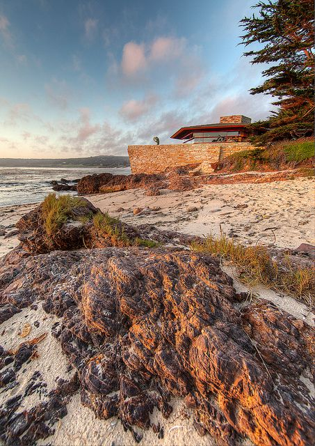 Frank lloyd wright 39 s walker residence on monterey bay for Frank lloyd wright california