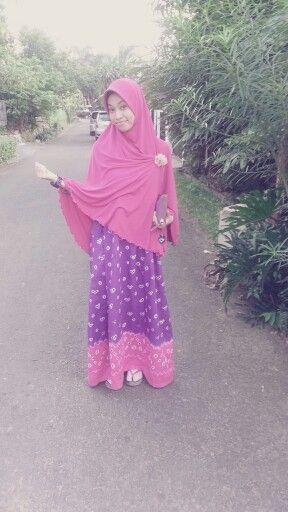 Hijab Syar'i & batik jumputan handmade
