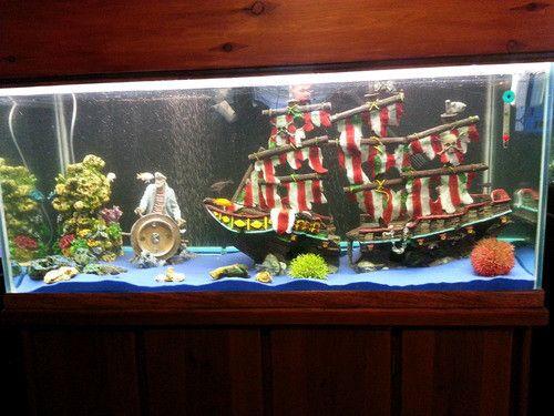 Pirate aquarium decors awesome aquarium decorations - Awesome fish tank decorations ...