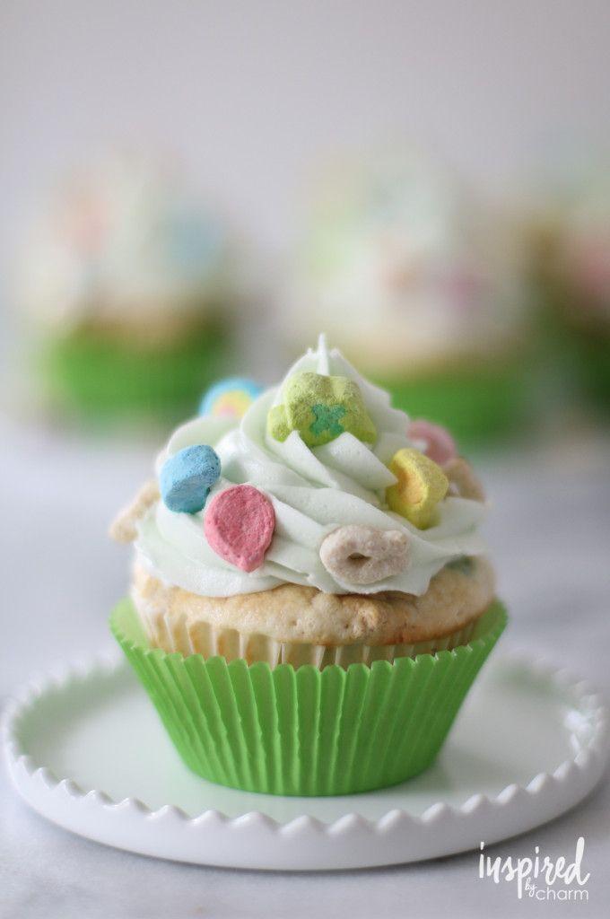 Lucky Charms Cupcakes | inspiredbycharm.com