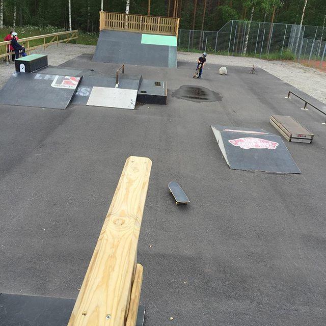 #pertunmaa #skate #rullalauta #skateboard #skatepark #skeittiparkki #fb