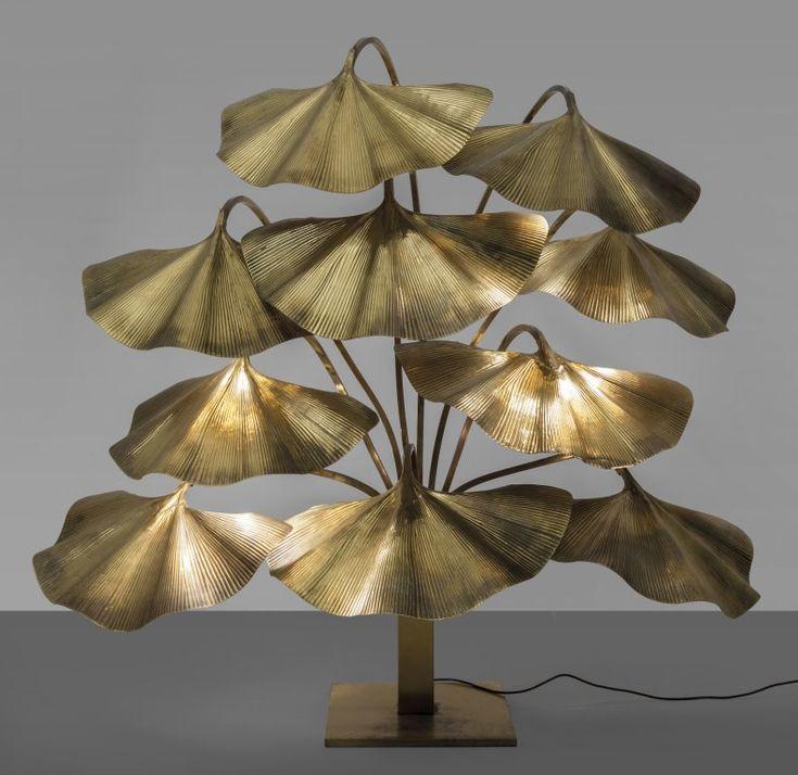 Lot : TOMMASO BARBI  - Una lampada da terra, fine anni '70.  - Ottone lucido.  - Cm 165 (h)[...] | Dans la vente Selected Italian Lighting à Aste di Antiquariato Boetto