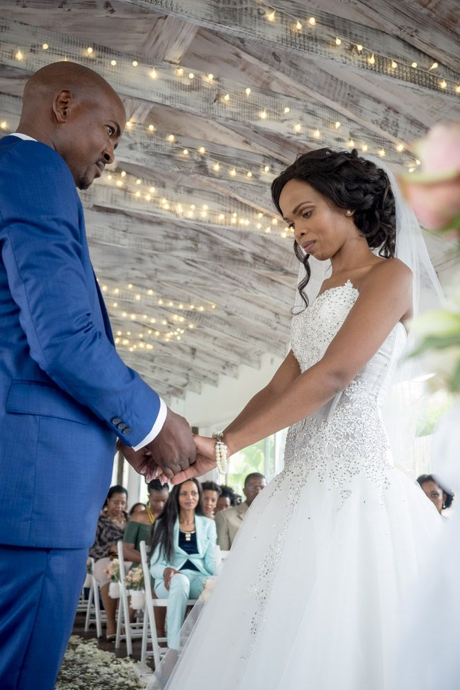Some of our favorite pics from a recent wedding at Umthunzi Hotel.