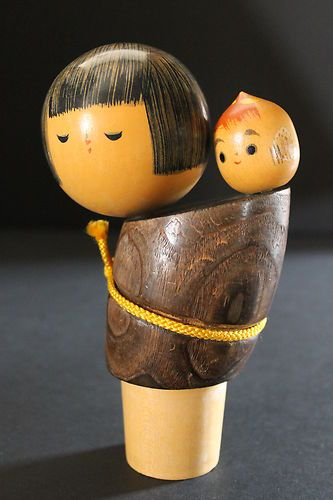 Kokeshi Doll Mother and Baby Girl