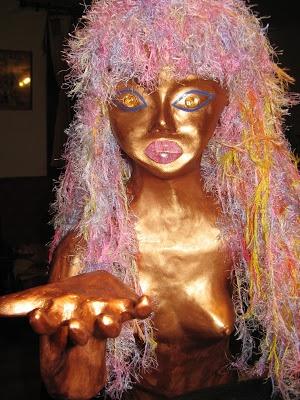sirène (mermaid) papier mâché peinte en bronze (blog les aventures de la mère poulpe)