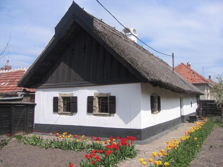 Nádfedeles parasztház Hadasban - Mezőkövesd Északi-középhegység-Hungary