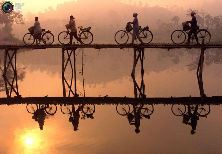 Women and Bikes in Central Java